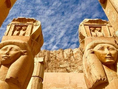 Day Tour from Luxor to Cairo Highlights by Flight